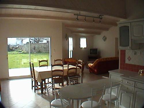 Location ile de r location maison 6 personnes for Salon sejour cuisine 45m2