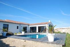 ile de ré Villa contemporaine avec piscine chauffee privative