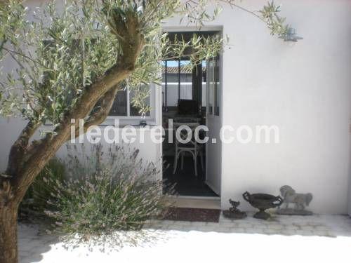 Voir Toutes Les Photos De U0027Belle Maison Neuve Pleine De Charme, Style  Typiquement Rhétais Avec Piscine Chauu0027