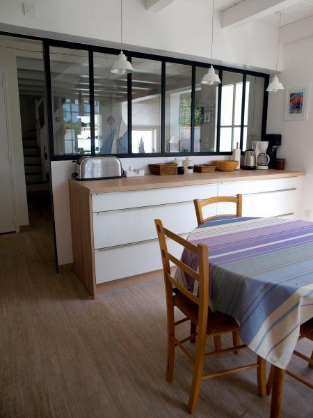 Location ile de r photos location le bois plage for Verriere entre cuisine et salle a manger