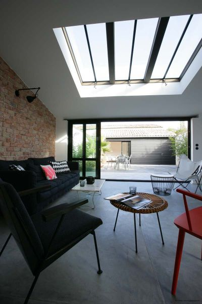 Location ile de r maison contemporaine r nov e charme for Venelle salon