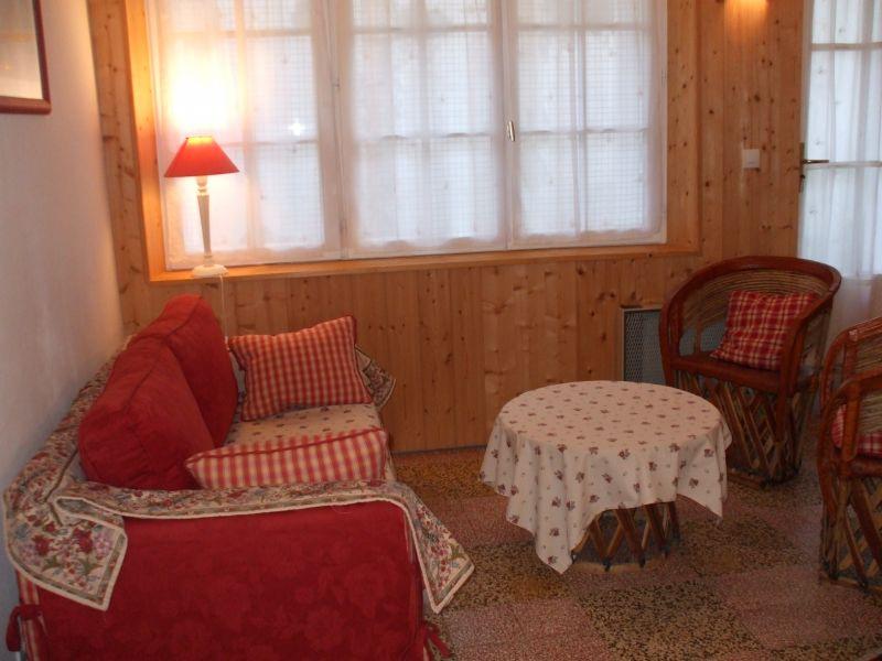Location ile de r charme maison 3 toiles jardin dans for Venelle salon