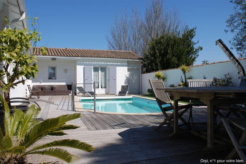 Location ile de r maison de vacances avec piscine for Location maison ile de re avec piscine