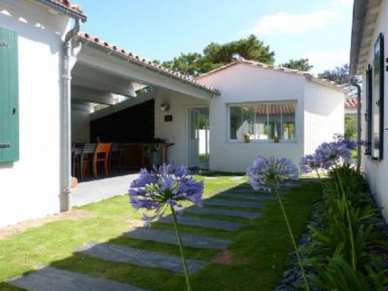 location ile de r villa 12 personnes avec piscine interieure chauffee. Black Bedroom Furniture Sets. Home Design Ideas